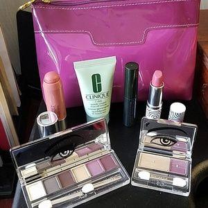 Clinique new Makeup Bundle and Bag